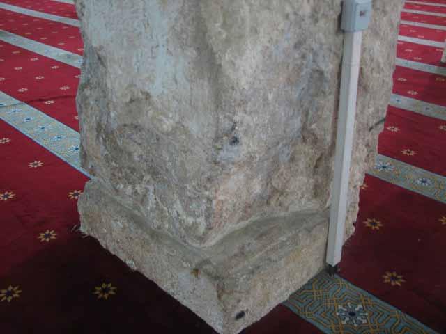 انظر ماذا يجري تحت بيت الله المسجد الاقصى  18112009-19