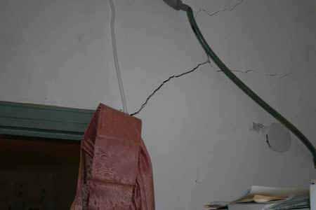 انظر ماذا يجري تحت بيت الله المسجد الاقصى  18112009-35